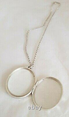 Victorian Aesthetic design sterling silver oval locket / pendant & chain. C1890s