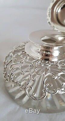Victorian sterling silver inkwell Standish. London 1899. By William Comyns & Sons